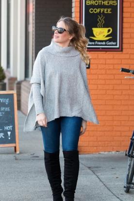 stephanie-sweater-1014